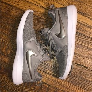 Nike Tennis Athletic Shoes